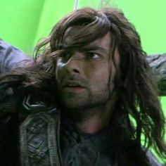 Kili (in front of a greenscreen) Aidan Turner Kili, Aiden Turner, O Hobbit, The Hobbit Movies, Majestic Hair, Concerning Hobbits, Fili And Kili, Desolation Of Smaug, An Unexpected Journey