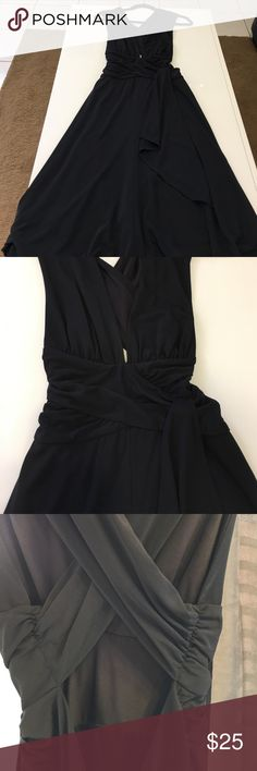 WHBM LBD!! EUC! Crisscross back. Hidden back zipper. 29in length from waist of dress. 15in waist with ruffled detail. Very figure flattering. Bottom of dress is A-line. Fully lined. 💯 polyester. No pulls, snags, or stains. Fast shipping. White House Black Market Dresses Backless