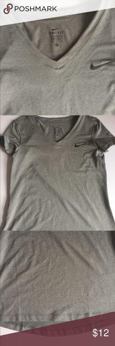 Nike Dri Fit T Shirt NWOT Nike Tops Tees - Short Sleeve