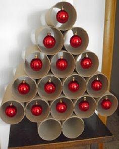 Arboles de Navidad con Tubos de Papel Higiénico