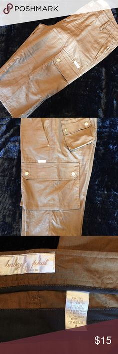Super cute Cargo Shorts with gold accents, Size 14 Great looking brown linen feel Cargo Shorts, they fit nice and they are a good length, in great condition, size 14 Baby Phat Shorts Cargos