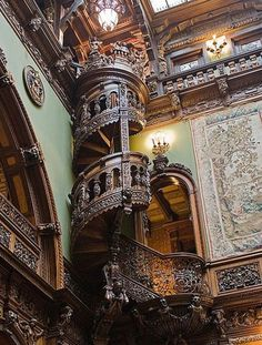 Beautiful spiral staircase in Peles Castle, Romania? Beautiful spiral staircase in Peles Castle, Romania? Beautiful Architecture, Beautiful Buildings, Art And Architecture, Architecture Details, Beautiful Places, Beautiful Stairs, Staircase Architecture, Beautiful Library, Beautiful Castles