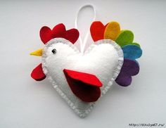 DIY Crafts – How to Make a Felt Rooster Ornament + Tutorial . – saysjulia DIY Crafts – How to Make a Felt Rooster Ornament + Tutorial . DIY Crafts – How to Make a Felt Rooster Ornament + Tutorial . Bird Ornaments, Felt Christmas Ornaments, Felt Ornaments Patterns, Felt Crafts Patterns, Christmas Nativity, Primitive Christmas, Country Christmas, Christmas Christmas, Holiday