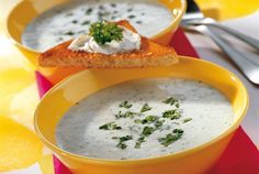 AURA keitto Cheeseburger Chowder, Thai Red Curry, Recipies, Soup, Favorite Recipes, Fruit, Ethnic Recipes, Countries, Foodies