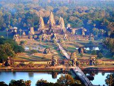 Angkor Wat, Cambodia  I wanna go back so bad!