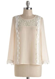 Simple 1920's style blouse with lace details. Looks Downton Abbey too! http://www.vintagedancer.com/1920s/shopping-for-1920s-style-blouses/