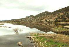 Pantano de Mendoza en Guadalmez, Ciudad Real (Spain) Merida, Travel And Tourism, Mendoza, My Photos, River, Outdoor, Cities, Outdoors, Outdoor Games