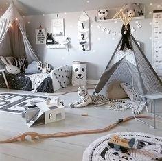 Love this playful little boy's room by @facklinges 👈🏻 Shop grey linen canopy via the link in our bio 💫 . #kidsroom #kidsdecor #kidsinterior #nordichome #nordicinspiration