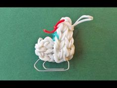 YouTube - Eislaufschuh Rainbow Loom, Clothes Hanger, Videos, Youtube, Other, Tutorials, Christmas, Coat Hanger, Clothes Hangers