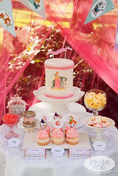 """Photo 3 of 15: Vintage Circus Afternoon Tea / Birthday """"Lucy's 2nd Birthday"""" 
