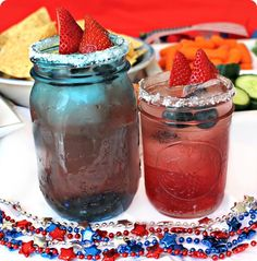 Celebrating Fourth of July with Tostitos // festive of July cocktails 4th Of July Cocktails, Frito Lay, Fourth Of July, Festive, Mason Jars, Celebrities, Holiday, Tips, Party