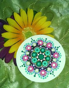 Spring Hand painted Acrylics on Wood magnet par P4MirandaPitrone