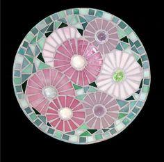 craft home decor: mosaic ideas - crafts ideas - crafts for kids Mirror Mosaic, Mosaic Art, Mosaic Glass, Stained Glass, Glass Art, Mirror Mirror, Art For Kids, Crafts For Kids, Arts And Crafts