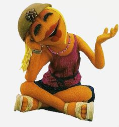 Janice is the lead guitar player in the Electric Mayhem on The Muppet Show. She also portrays Nurse Janice in Veterinarian's Hospital, and appears in various other sketches, frequently as a chorus member. The Muppets Characters, Sesame Street Characters, Female Characters, Les Muppets, Fraggle Rock, Morning Cartoon, The Muppet Show, Muppet Babies, Miss Piggy