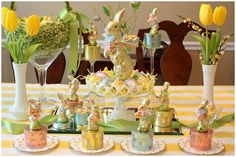 I love this table decor. I have the milk glass flower vases, this is doable.