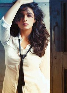 """<p class=""""MsoNormal"""">Bollywood is ever growing and while we may think that Alia Bhatt is making the right choices with her movies, there is no denying that upcoming newbie actresses are no less. <br></p><p class=""""MsoNormal""""><br></p> <p class=""""MsoNormal"""">From Highway to now getting to star with SRK in Gauri Shinde's next,"""