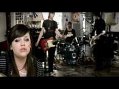 2007 - Amy Macdonald - Mr Rock & Roll - Got to Number 12 in the UK Charts. Amy Macdonald, Uk Charts, Rock Videos, Float Your Boat, Good Music, Music Music, I Wish I Knew, Rock And Roll, Music Videos