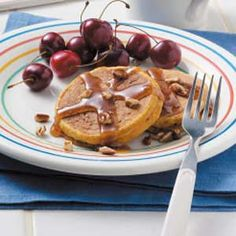 BI-LO® – Real Savings Real Fresh - Pumpkin Pancakes -- 1 c. ground ginger * c. cold water * c. canned pumpkin * 1 c. maple syrup, warmed * c. Breakfast Pancakes, Sausage Breakfast, Breakfast Recipes, Buttermilk Pancakes, Pumpkin Recipes, Fall Recipes, Pancake Recipe Taste, Pumpkin Pancakes Easy, Delicious Desserts