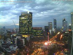 Paseo de la Reforma, Ciudad de México, hoy al anochecer: