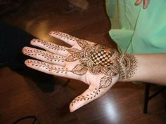 Mehndi Designs for Hands With Pictures