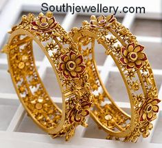 Antique Bangles latest jewelry designs - Page 10 of 24 - Indian Jewellery Designs Indian Jewellery Design, Latest Jewellery, Indian Jewelry, Jewelry Design, Indian Gold Bangles, Handmade Jewellery, Antique Gold, Antique Jewelry, Gold Jewelry