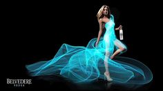 Dressing a Model with Light Using Long Exposure Photography Techniques