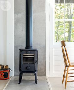 ideas for kitchen small cottage stove Fireplace Design, Wood, Stove, Concrete Wood, Cottage Fireplace, Hearth Pad, Living Room Wood, Wood Stove Wall, Wood Stove