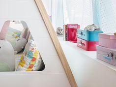 Un divertido #dormitorio con #cama tipi #infantil #habitación #cuarto #niños #juguetes