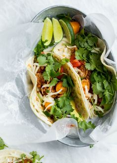 Easy healthy ground turkey tacos made on the stovetop or in your slow cooker. Made with a DIY homemade taco seasoning that's perfectly spiced and flavorful. My go-to weeknight healthy taco recipe! // 304 cal, F, C, P Slow Cooker Turkey, Best Slow Cooker, Slow Cooker Recipes, Crockpot Recipes, Cooking Recipes, Slow Cooking, Cooking Blogs, Chicken Recipes, Healthy Taco Recipes