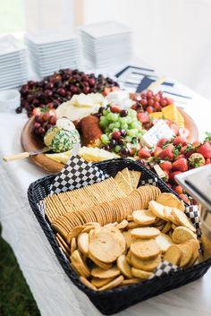backyard wedding hors d'oeuvres