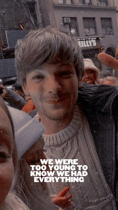 edits — walls. louis tomlinson. - like/reblog. One Direction Wallpaper, Harry Styles Wallpaper, One Direction Pictures, Zayn Malik, Niall Horan, Louis Tomlinsom, Louis And Harry, Liam Payne, Style Lyrics
