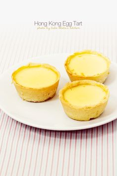(GOOD tart crust recipe, fillings can be switched to other fillings like apples) Hong Kong style EGG TART ♥ Dessert Asian Desserts, Desserts To Make, Delicious Desserts, Food To Make, Dessert Drinks, Dessert Recipes, Tart Recipes, Cooking Recipes, Tart Crust Recipe