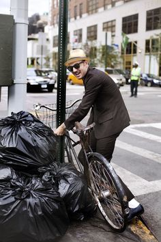 On the Street….The Bicycle Thief, New York « The Sartorialist
