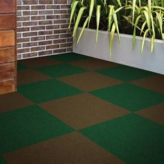 Grizzly Grass 24x24 In Carpet Tile Resists Stains Soil Carpet Tiles Grass Carpet Durable Carpet