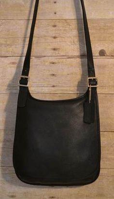 Vintage Coach authentic black leather saddle bag hippie cross body handbag 657e8d8d25151