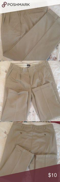 Men's Khaki Pants Men's, 100% cotton, Bass, cuffed khaki pants. Size 36x30. EUC Bass Pants Chinos & Khakis