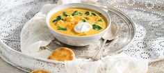sweet potato and lentil soup - 2016 Milk calendar Lentil Potato Soup, Sweet Soup, Lentil Soup Recipes, Red Lentil Soup, Spinach Soup, Vegetable Dishes, Vegetable Stock, Soup And Salad, Kitchens