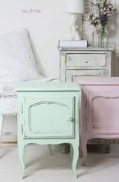 5 Ways To Make Your Home Fabulous for 2014 - 5 Ways To Make Your Home Fabulous for 2014 Lovely painted furniture by Bleu et rose Pastel Furniture, Grey Bedroom Furniture, Shabby Chic Furniture, Vintage Furniture, Furniture Projects, Furniture Making, Furniture Makeover, Furniture Decor, Distressed Furniture