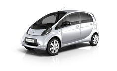 Citroën C-Zero: el coche 100% eléctrico para facilitar la movilidad urbana. ¡Cero carburante, cero emisiones de CO2 y Cero ruido con 4 verdaderas plazas!