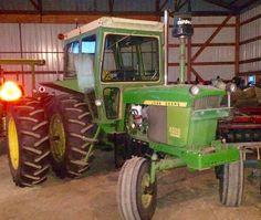 Old John Deere Tractors, Small Tractors, Old Farm Equipment, Work Horses, Rubber Tires, Bud, Tattoos, Classic, Ideas