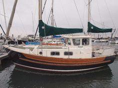 1975 Fisher 25, Yerseke, Netherlands   boats.com Tug Jobs, Cool Boats, House Deck, Boat Stuff, Boats For Sale, Sailboats, Netherlands, Fisher, Sailor