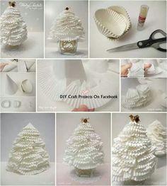 Kerstboom maken van cups cake vormen
