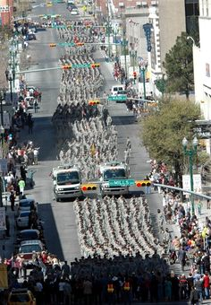 Nearly 3,000 soldiers of 4th Brigade Combat Team, 1st Cavalry Division, march down the streets of El Paso, Texas, during a Welcome Home Heroes Parade, Feb. 27, 2008. Photo by Spc. Bradley J. Clark, USA