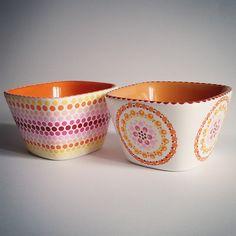 Pottery Painting, Ceramic Painting, Ceramic Art, Mandala Painting, Dot Painting, Stippling Art, Cardboard Art, Mandala Dots, Using Acrylic Paint