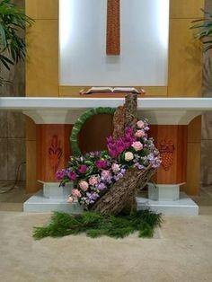 0번째 이미지 Tropical Flower Arrangements, Church Flower Arrangements, Tropical Flowers, Fresh Flowers, Faux Flowers, Altar Flowers, Church Flowers, Altar Decorations, Flower Decorations