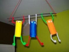 www.caboucadin.com maternelle albums bricolage rouleau-en-carton personnage acrobate-personnages-avec-rouleau-papier-toilette.jpg