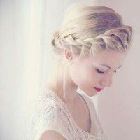 """""""French"""" twist braid around head to form crown. So elegant. """"French"""" twist braid around head to form crown. So elegant. Braided Hairstyles Updo, My Hairstyle, Pretty Hairstyles, Wedding Hairstyles, Hair Updo, Braided Updo, Braided Crown, Bun Braid, Hairstyle Tutorials"""