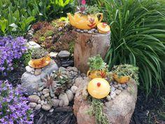 Flower pots Idea Box by Valerie fabulous repurposed garden container ideas, container gardening, flo Garden Junk, Love Garden, Garden Whimsy, Garden Sheds, Unique Gardens, Amazing Gardens, Rustic Gardens, Garden Crafts, Garden Projects