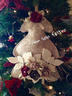 Fuoriporta natalizio. Albero in feltro