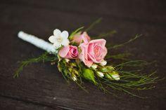 pink boutonniere / Jason Tey Photography